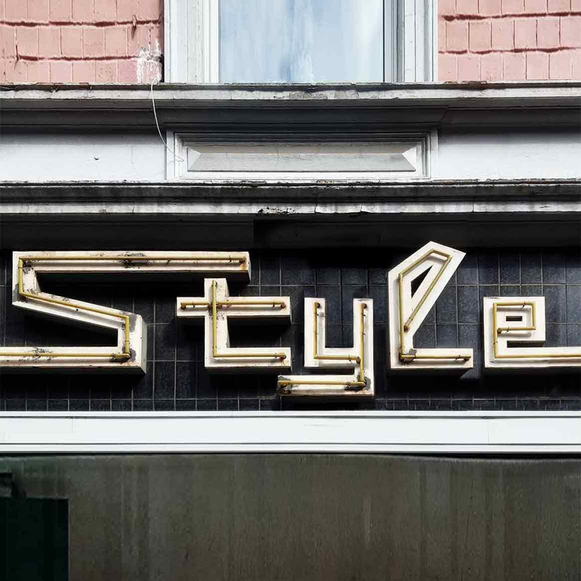 Neon Style by Martin Blum