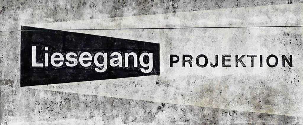 MIND WORK SIGNS OF LIFE  Liesegang Projektion means Liesegang Beams