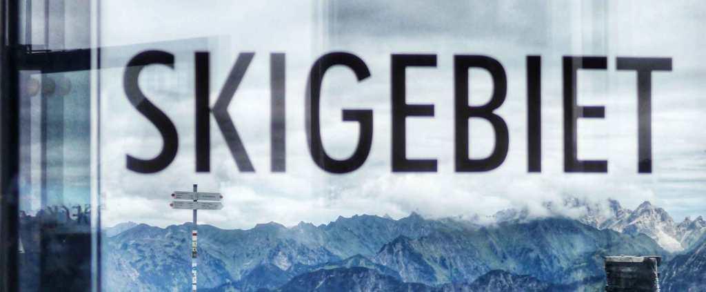 MIND WORK SIGNS OF LIFE  SKIGEBIET means ski resort